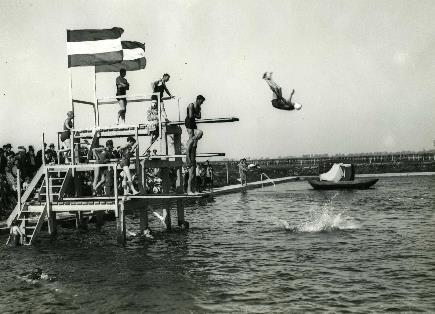Historie Zwemmen Duikplank (jpg)